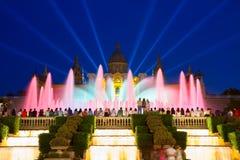 Το μαγικό φως πηγών παρουσιάζει, Βαρκελώνη Στοκ Εικόνα