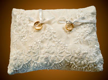 το μαξιλάρι χτυπά το γάμο Στοκ Εικόνες
