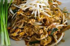 Το μαξιλάρι Ταϊλανδός, ανακατώνει την Ταϊλάνδη παραδοσιακή των ταϊλανδικών τροφίμων Στοκ Εικόνες