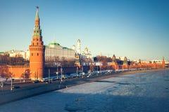 Το μεγάλοι παλάτι του Κρεμλίνου και ο τοίχος του Κρεμλίνου Στοκ Φωτογραφίες