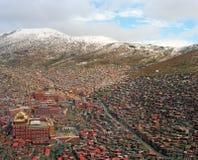 Το μεγαλύτερο μόνο κολλέγιο του Βούδα κατασκευής SiChuan Κίνα Στοκ Εικόνα