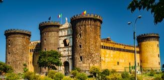 Το μεσαιωνικό κάστρο Maschio Angioino Στοκ εικόνα με δικαίωμα ελεύθερης χρήσης