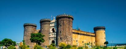 Το μεσαιωνικό κάστρο Maschio Angioino Στοκ φωτογραφίες με δικαίωμα ελεύθερης χρήσης