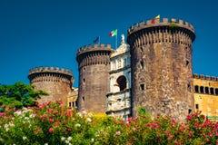 Το μεσαιωνικό κάστρο Maschio Angioino Στοκ Εικόνες