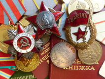 Το μετάλλιο ` για την υπεράσπιση Stalingrad `, διαταγή του κόκκινου αστεριού `, ` ` ο μεγάλος πατριωτικός πόλεμος `, ένα σημάδι ` στοκ εικόνες με δικαίωμα ελεύθερης χρήσης