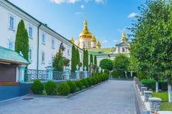 Το μικροσκοπικό προαύλιο Pochaev Lavra Στοκ Φωτογραφίες