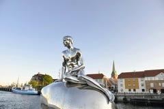 Το μικρό άγαλμα Δανία Helsingor Merman στοκ εικόνες με δικαίωμα ελεύθερης χρήσης