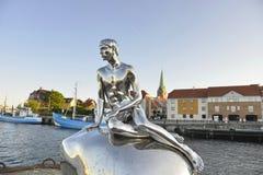 Το μικρό άγαλμα Δανία Helsingor Merman στοκ φωτογραφία με δικαίωμα ελεύθερης χρήσης