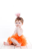 Το μικρό κορίτσι έντυσε ως βάτραχος πριγκηπισσών Στοκ φωτογραφία με δικαίωμα ελεύθερης χρήσης