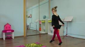 Το μικρό κορίτσι το Ballerina απόθεμα βίντεο