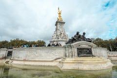 Το μνημείο Βικτώριας είναι ένα μνημείο στη βασίλισσα Victoria Στοκ Φωτογραφίες
