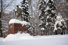 Το μνημείο διάσημων ινδικών του πολιτικού και του πνευματικού ηγέτη Mahatma Γκάντι στη Μόσχα, Ρωσία Στοκ Φωτογραφία