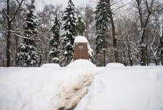 Το μνημείο διάσημων ινδικών του πολιτικού και του πνευματικού ηγέτη Mahatma Γκάντι στη Μόσχα, Ρωσία Στοκ Εικόνα