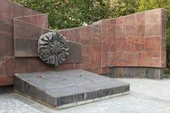 Το μνημείο είναι μαζική σοβαρή μεραρχία Πεζικού 45 Στοκ εικόνες με δικαίωμα ελεύθερης χρήσης