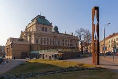 Το μνημείο του γενικού Γ S και J Κ Θέατρο Tyl, Plzen Στοκ εικόνες με δικαίωμα ελεύθερης χρήσης