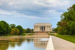 Το μνημείο του Λίνκολν στην Ουάσιγκτον, συνεχές ρεύμα το πρωί Στοκ φωτογραφία με δικαίωμα ελεύθερης χρήσης