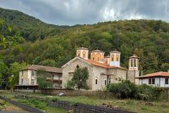 Το μοναστήρι Etropole της ιερής τριάδας, επαρχία της Sofia, Βουλγαρία Στοκ Εικόνες