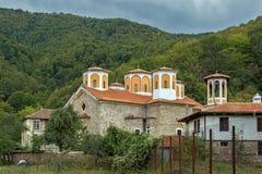 Το μοναστήρι Etropole της ιερής τριάδας, επαρχία της Sofia, Βουλγαρία Στοκ φωτογραφία με δικαίωμα ελεύθερης χρήσης