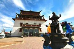 Το μοναστήρι Gandantegchinlen είναι ένα βουδιστικό μοναστήρι θιβετιανός-ύφους στο μογγολικό κεφάλαιο Ulaanbaatar, Μογγολία Στοκ Φωτογραφία