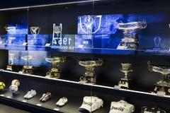 Το μουσείο της λέσχης ποδοσφαίρου της Real Madrid κοιλαίνει και απονέμει τη λέσχη στοκ φωτογραφία