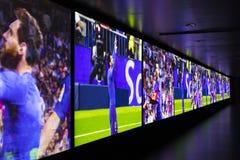 Το μουσείο των τροπαίων των φλυτζανιών και των βραβείων της ομάδας FC Βαρκελώνη του στρατόπεδου Nou, πρότυπο του σταδίου Στοκ εικόνες με δικαίωμα ελεύθερης χρήσης