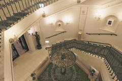 το μουσείο Crysal χιονιού γύρω από το σκαλοπάτι Στοκ Εικόνες