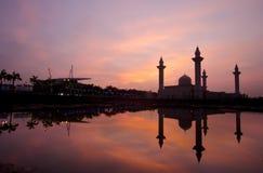 Το μουσουλμανικό τέμενος Tengku Ampuan Jemaah, Bukit Jelutong, Μαλαισία Στοκ φωτογραφία με δικαίωμα ελεύθερης χρήσης