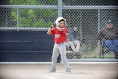 Το μπέιζ-μπώλ μικρού πρωταθλήματος Napa και το αγόρι οδηγούνται στοκ φωτογραφίες με δικαίωμα ελεύθερης χρήσης