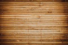 Το μπαμπού κολλά την ξύλινη ανασκόπηση Στοκ εικόνες με δικαίωμα ελεύθερης χρήσης