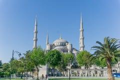 Το μπλε μουσουλμανικό τέμενος στη Ιστανμπούλ, Τουρκία τη θερινή ημέρα Στοκ Εικόνες