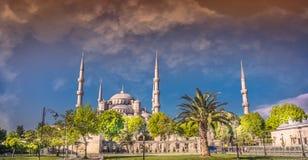 Το μπλε μουσουλμανικό τέμενος, Sultanahmet Camii, Ιστανμπούλ, Τουρκία στο ηλιοβασίλεμα Στοκ εικόνες με δικαίωμα ελεύθερης χρήσης
