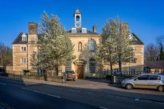 Το μπλε πτωχοκομείο σπιτιών σε Frome, Somerset, UK στοκ φωτογραφία με δικαίωμα ελεύθερης χρήσης
