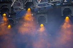 Το μπλε φως φω'των σκηνών παρουσιάζει στη συναυλία στοκ φωτογραφίες με δικαίωμα ελεύθερης χρήσης