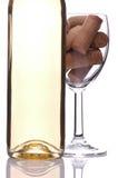 το μπουκάλι βουλώνει wineglass &ka Στοκ Εικόνες