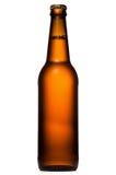το μπουκάλι μπύρας ανασκόπησης ρίχνει το λευκό στοκ εικόνες