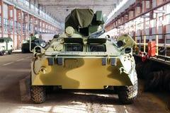 Το μπροστινό μέρος των ρωσικών τεθωρακισμένων οχημάτων μεταφοράς προσωπικό Στοκ εικόνες με δικαίωμα ελεύθερης χρήσης