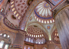 Το μπλε μουσουλμανικό τέμενος (μουσουλμανικό τέμενος Sultanahmet) Στοκ Φωτογραφίες