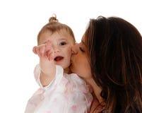 το μωρό είναι απολύτως ευτυχές ακούει το ι της εάν η φιλώντας μητέρα εικόνας ευχαριστεί χρησιμοποιημένος πού Στοκ εικόνα με δικαίωμα ελεύθερης χρήσης