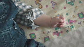Το μωρό κοιμάται στο λίκνο φιλμ μικρού μήκους
