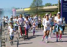 2014 το Μόντρεαλ με χρωματίζει φυλή RAD 5k Στοκ φωτογραφία με δικαίωμα ελεύθερης χρήσης