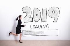 Το νέο έτος φορτώνει τώρα στοκ φωτογραφίες