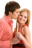 Το νέο ζεύγος γιορτάζει στοκ φωτογραφία με δικαίωμα ελεύθερης χρήσης