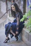 Το νέο κορίτσι έντυσε κομψά τον καθορισμό του παπουτσιού της Στοκ εικόνα με δικαίωμα ελεύθερης χρήσης