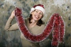 Το νέο κορίτσι έντυσε ως Άγιος Βασίλης Στοκ Εικόνα