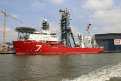 Το νέο σκάφος κατασκευής επτά ήλιων παράκτιο Στοκ φωτογραφία με δικαίωμα ελεύθερης χρήσης