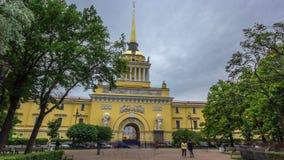 Το ναυαρχείο που χτίζει timelapse hyperlapse γέφυρα okhtinsky Πετρούπολη Ρωσία Άγιος απόθεμα βίντεο