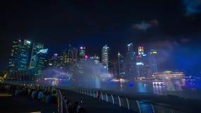 Το νερό νύχτας της Σιγκαπούρης και lazer παρουσιάζει Timelapse απόθεμα βίντεο