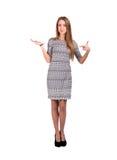 Το ξανθό καυκάσιο θηλυκό παρουσιάζει ανοικτό χέρι και στοκ εικόνα με δικαίωμα ελεύθερης χρήσης