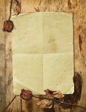το ξηρό παλαιό έγγραφο αυξήθηκε Στοκ Εικόνα