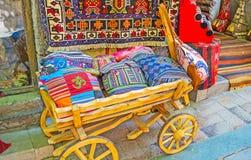 Το ξύλινο κάρρο στο κατάστημα αναμνηστικών, Antalya Στοκ Εικόνες